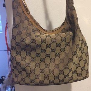 Real Gucci hand bag